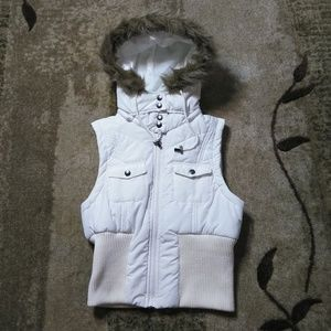 Forever 21 Puffer Vest with Faux Fur Hood Size M